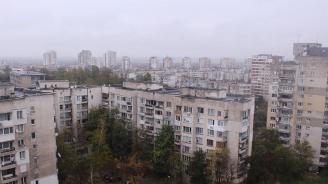 Осмокласник оцеля като по чудо след полет от 6-я етаж в Пловдив