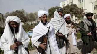 Талибани отвлякоха 43-ма строителни работници