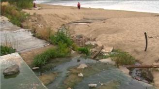 Фекални води заливат плажа Кабакум