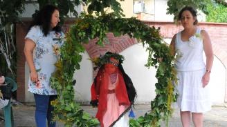 Пресъздадоха ритуала Еньова буля (снимки)