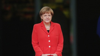 Ангела Меркел: Недопустимо е някои да се справят с първичната миграция, а други - само с вторичната