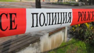 Автобус срути навес върху шест коли в Стария Несебър