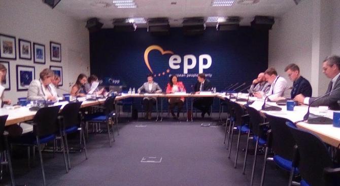 Лиляна Павлова: Искаме ЕС да остане единен и солидарен