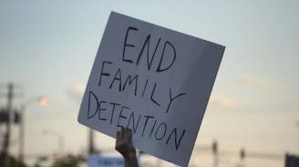 Нови протести в САЩ срещу имиграционната политика на Доналд Тръмп