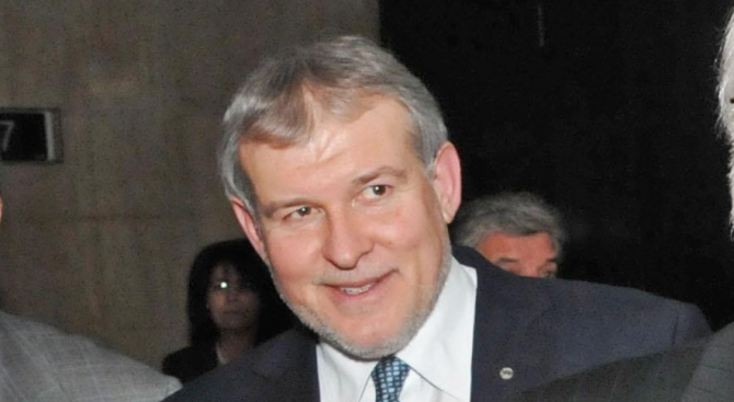 СДС избра нов председател на партията. Това е Румен Христов.