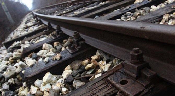 Шест вагона от пътнически влак са дерайлирали в Турция, има жертви (обновена+видео)