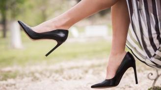 Защо Меган Маркъл носи обувки, които не са нейния номер?
