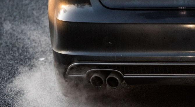 Вдигат екотаксата за стари автомобили, за новите я намаляват