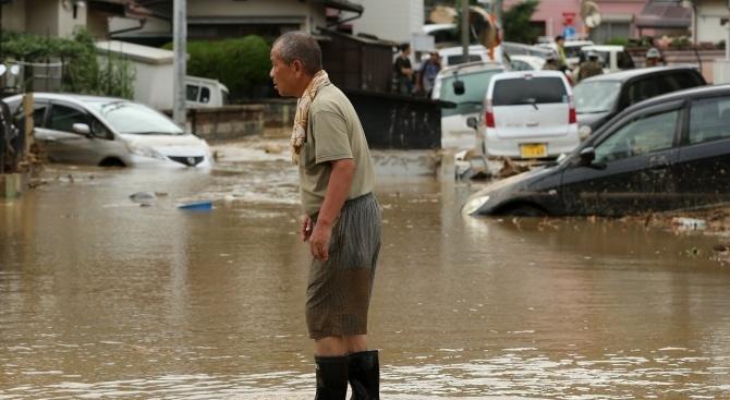 Наводненията и свлачищата в Япония са отнели живота на поне 199 души