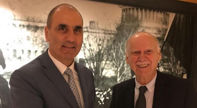 """Цветан Цветанов проведе работна среща с бившия председател на фондация """"Америка за България"""" Лин Дафт"""