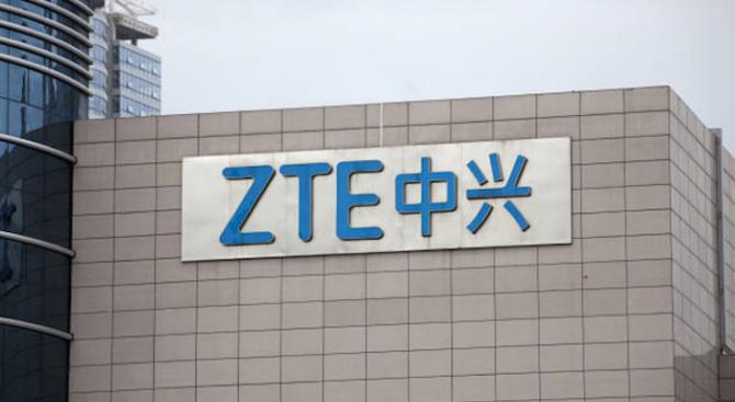 САЩ постигнаха споразумение за подновяване на дейността на китайската компания Зет Ти И