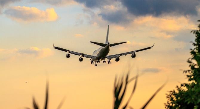 Boeing 747 се появи на поле в Тайланд