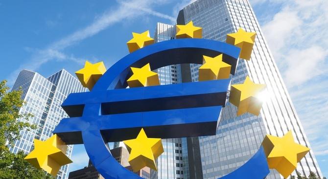 Министрите на страните от еврозоната обявиха днес готовност за приемането