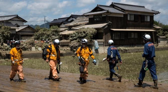 Двеста и четири станаха вече жертвите на катастрофалните наводнения и