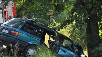 Тежка катастрофа взе поредна жертва край Бургас (снимки)
