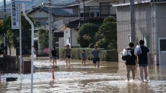 Броят на жертвите на наводненията в Япония достигна 209 души