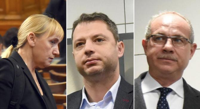 Елена Йончева съди за клевета Делян Добрев и Антон Тодоров