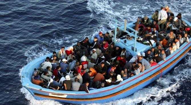 Брюксел призова за трайни решения за дебаркирането на мигранти