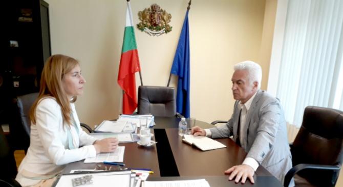 Николина Ангелкова и Волен Сидеров обсъдиха актуални въпроси в сферата на туризма