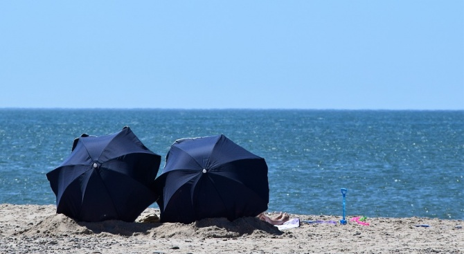 В разгара на лятото лекарските кабинети са пълни заради летните