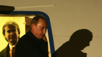 Владимир Путин кацна в Хелзинки (видео)