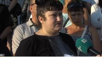 Протест в защита на директорката, отказала да приеме ромски деца в благоевградско училище