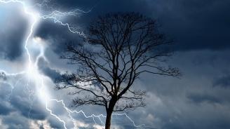 Отново ще бъде ветровито, ще има и валежи, придружени с гръмотевици