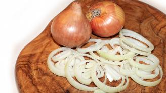 Сълзи в кухнята: Защо лукът е толкова полезен?