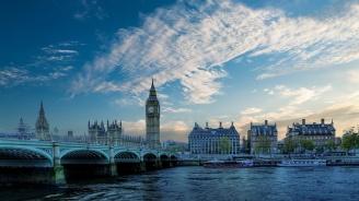 Британците отхвърлят плана на Мей за Брекзит