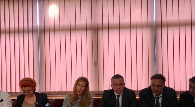 Ангелкова: Проектът за СПА дестинации е начин  базата по Черноморието да се ползва в четири сезона