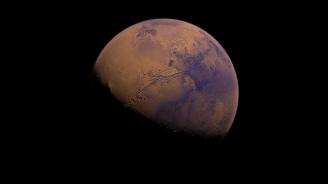 Откриха голямо подземно езеро на Марс