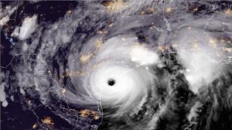 Мощен тайфун удря Япония след смъртоносните наводнения и рекордните жеги