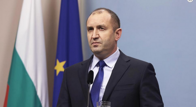 Президентът Румен Радев върна за ново обсъждане Закона за изменение