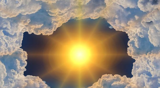 Някои от газовете с парников ефект, допринасящи за затоплянето на