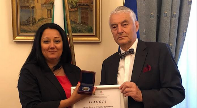 Министър Павлова благодари на БЧК за подготовката на доброволците по време на европредседателството