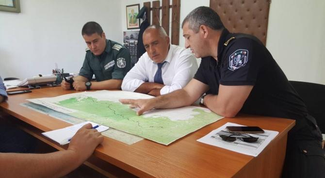 Министър-председателят Бойко Борисов пристигна в граничния полицейски участък-Малко Търново, където