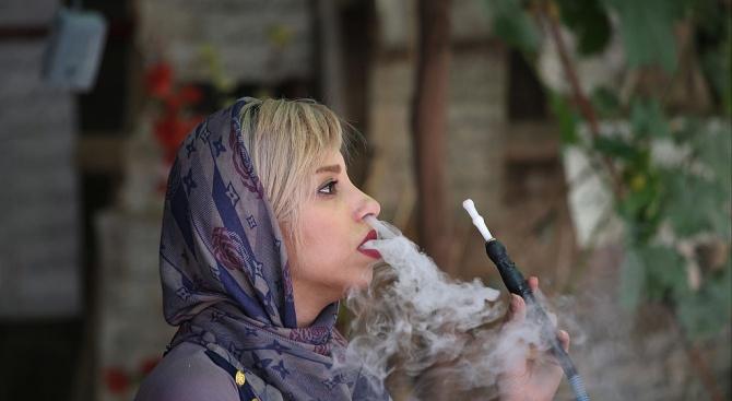 Учени от САЩ: Наргилето е вредно, колкото цигарите