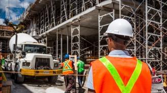 Бизнес климатът се подобрява в строителството, търговията на дребно и услугите