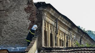 Банов и Чобанов за пожара в Царските конюшни: Едва ли е случаен този инцидент