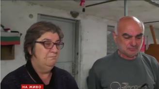 Майката на починалата родилка: Убийство! Дъщеря ми си отиде здрава и права (видео)