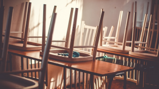 Закриват 16 гимназиални паралелки във Варненско