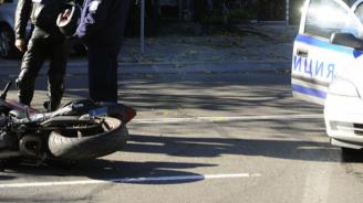Моторист загина след удар в кола край Варна