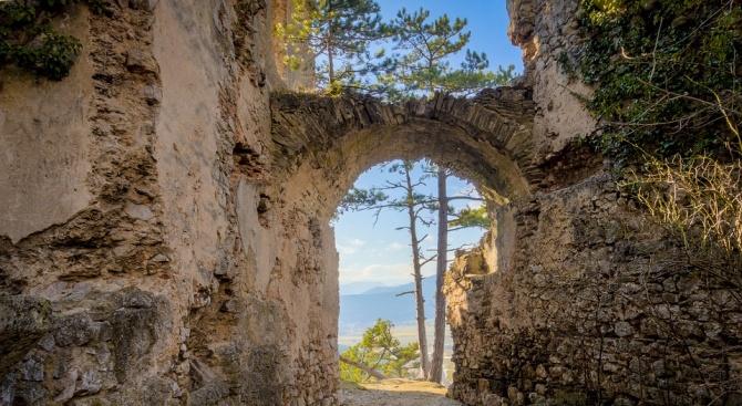 Румънски и германски археолози откриха праисторическа крепост, датираща отпреди 3400
