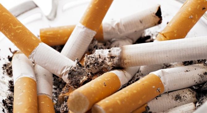 Забраняват пушенето в пристройки на заведения