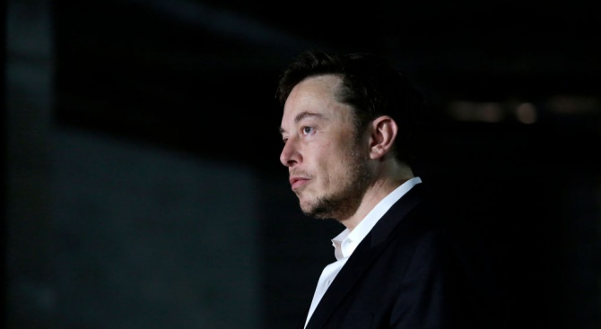 """Главният изпълнителен директор на компанията """"Тесла"""" Илон Мъск каза, че"""