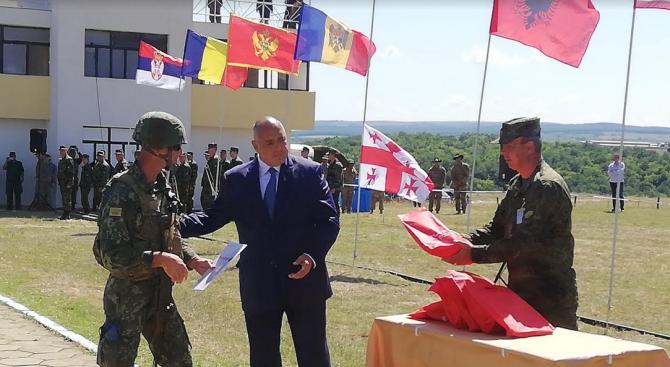 Премиерът Бойко Борисов присъства на официалното закриване на военното учение