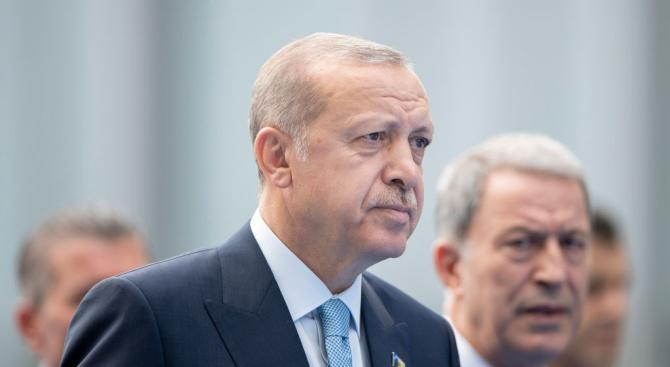 Ердоган: Няма нищо тревожно в спада на лирата