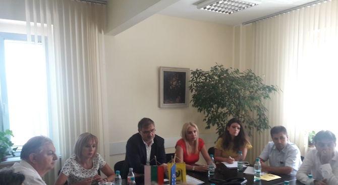 Прекратява се гладната стачка в Български пощи (снимки)