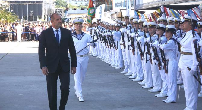 Президентът Румен Радев постави под съмнение изявлението на македонския премиер