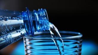Раздават безплатна минерална вода в София заради жегите